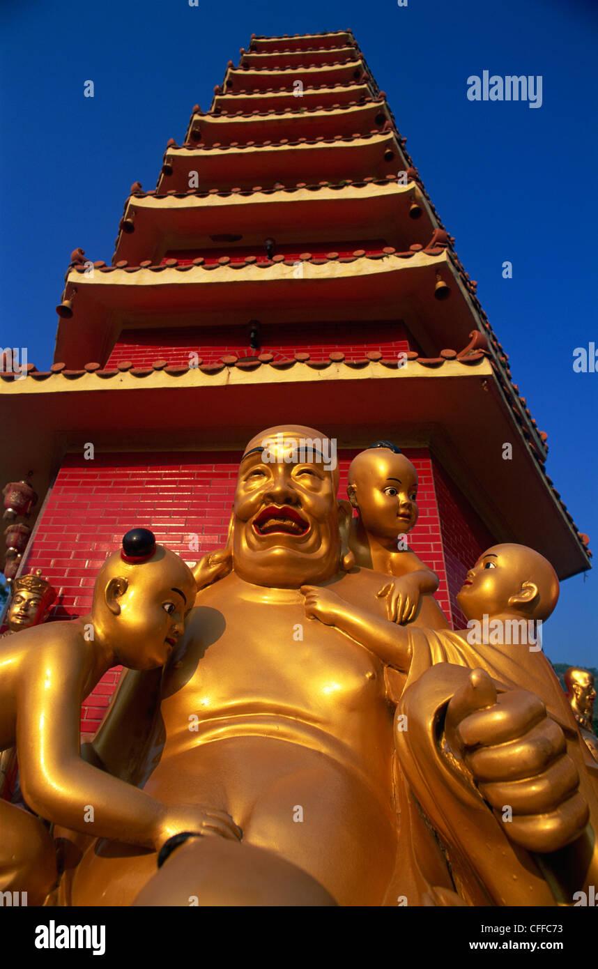 China, Hong Kong, New Territories, Sha Tin, Ten Thousand Buddha Monastery, Buddha Statue - Stock Image