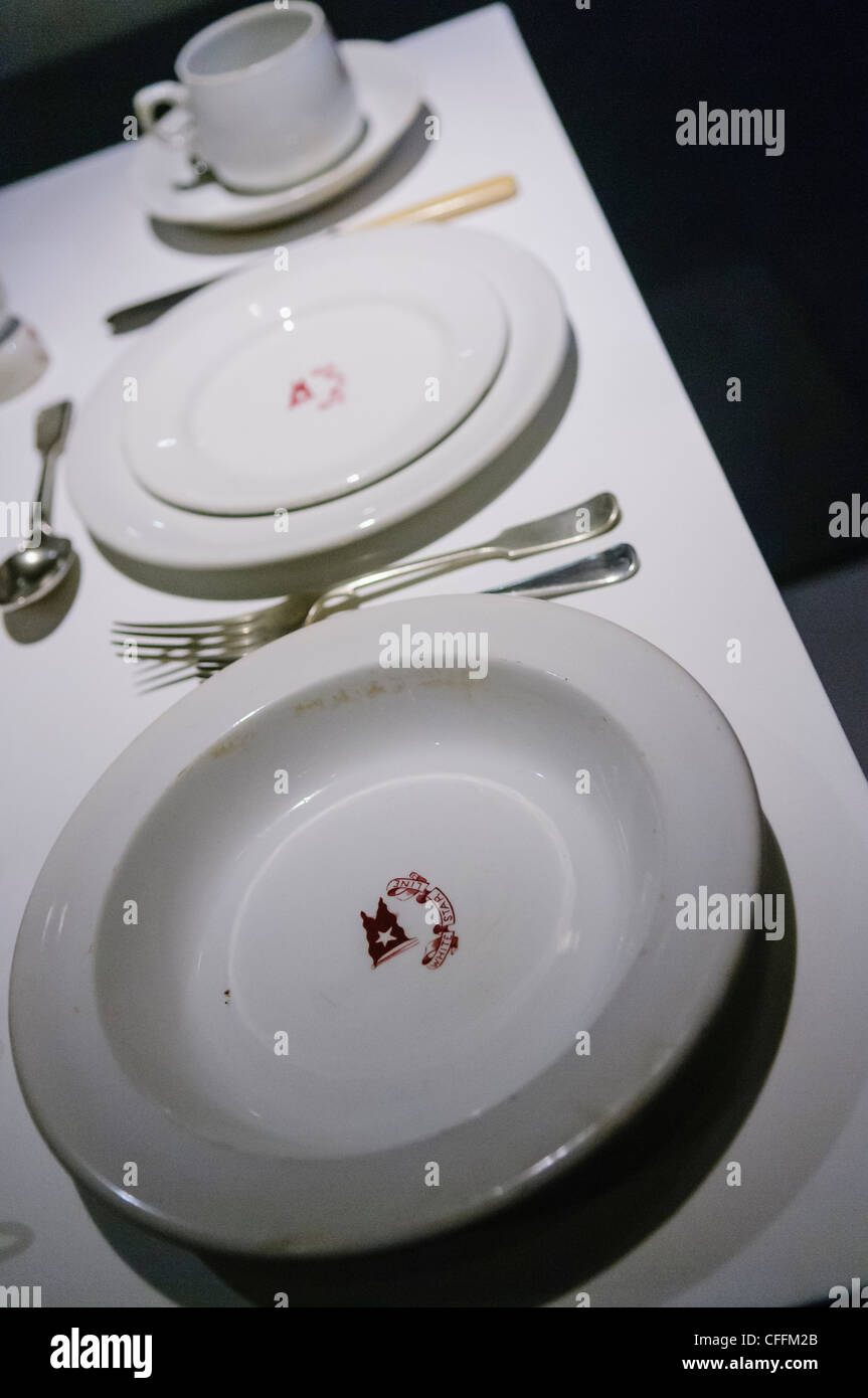 titanic memorabilia stock photos titanic memorabilia stock images alamy. Black Bedroom Furniture Sets. Home Design Ideas