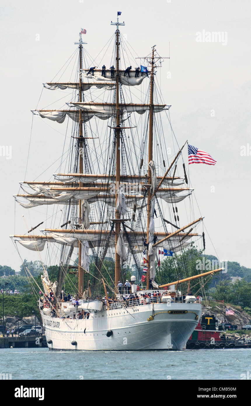 New London, Connecticut, USA - July 7, 2012: The US Coast Guard tall ship Eagle lands at Fort Trumbull. Cadets high Stock Photo