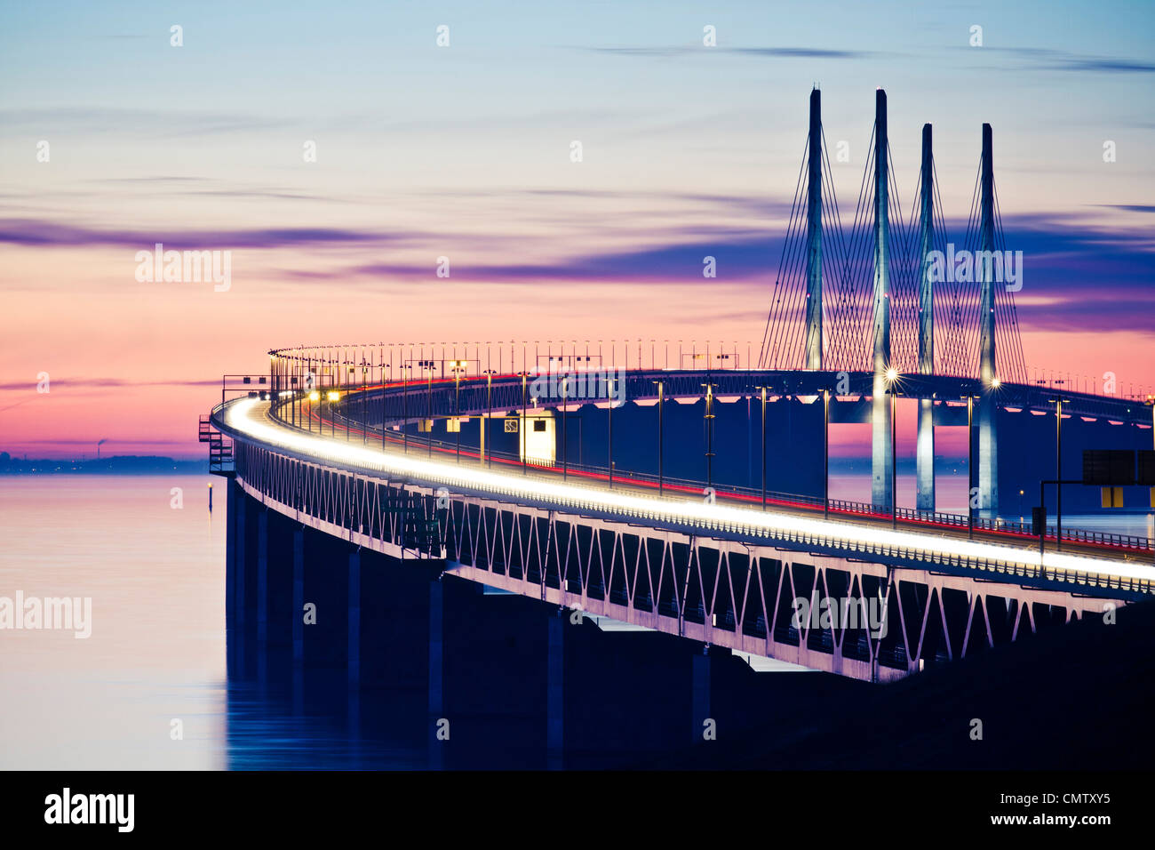 Bridge at night - Stock Image