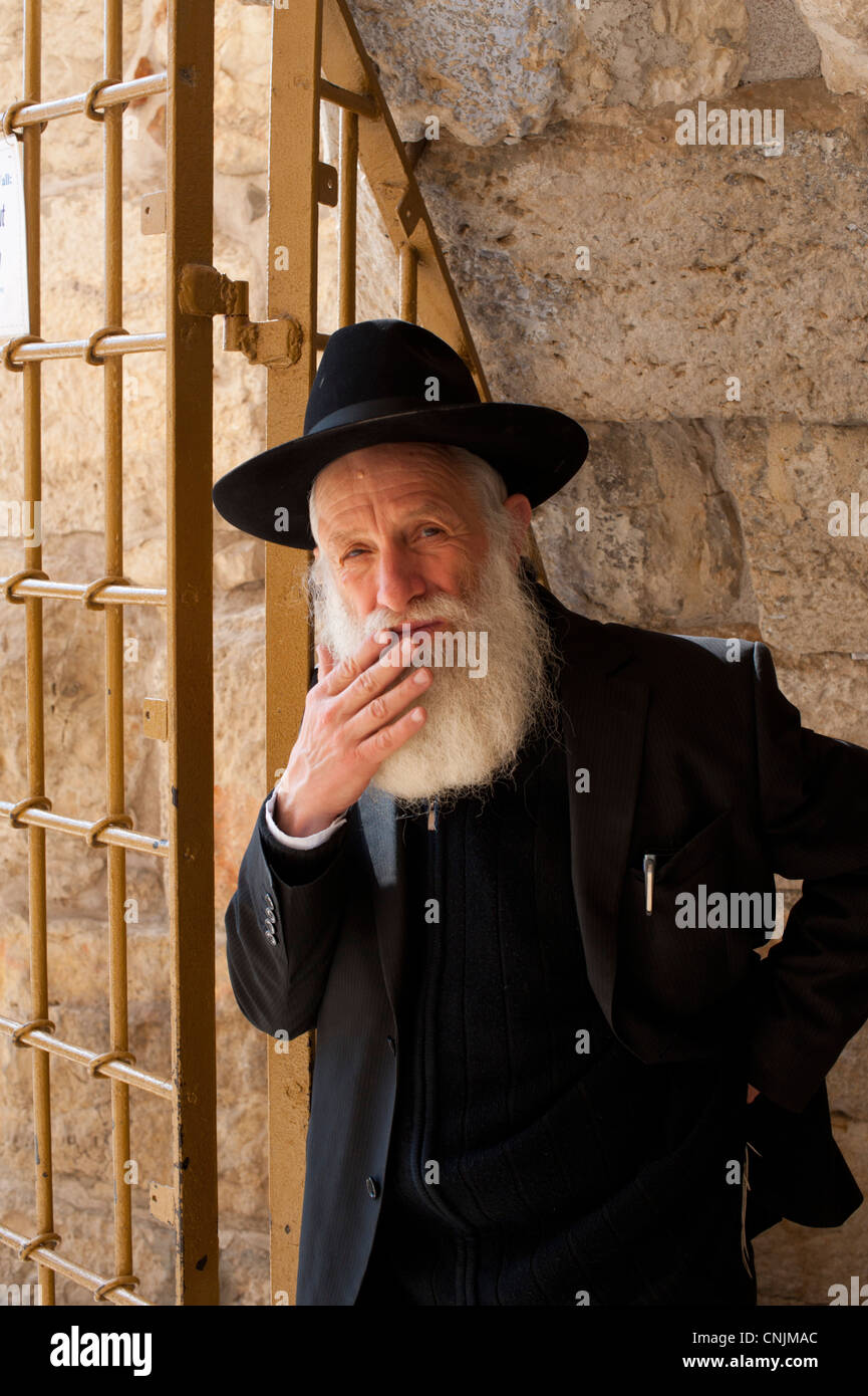 middle-east-israel-old-jerusalem-portrai