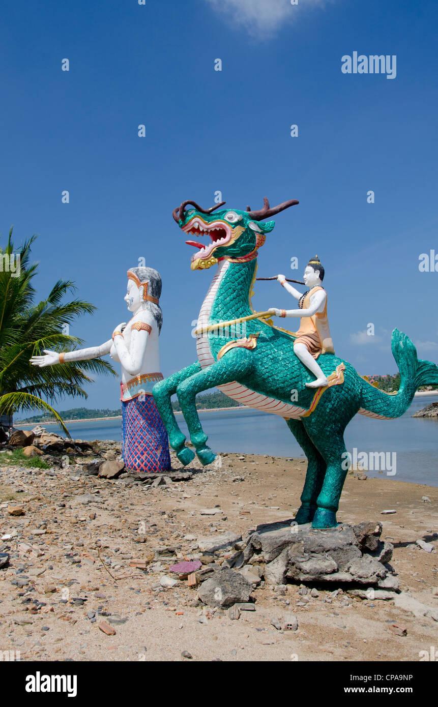 Thailand, Island of Ko Samui (aka Koh Samui), Fan Island. Giant statue of mythical creatures along the coast of - Stock Image
