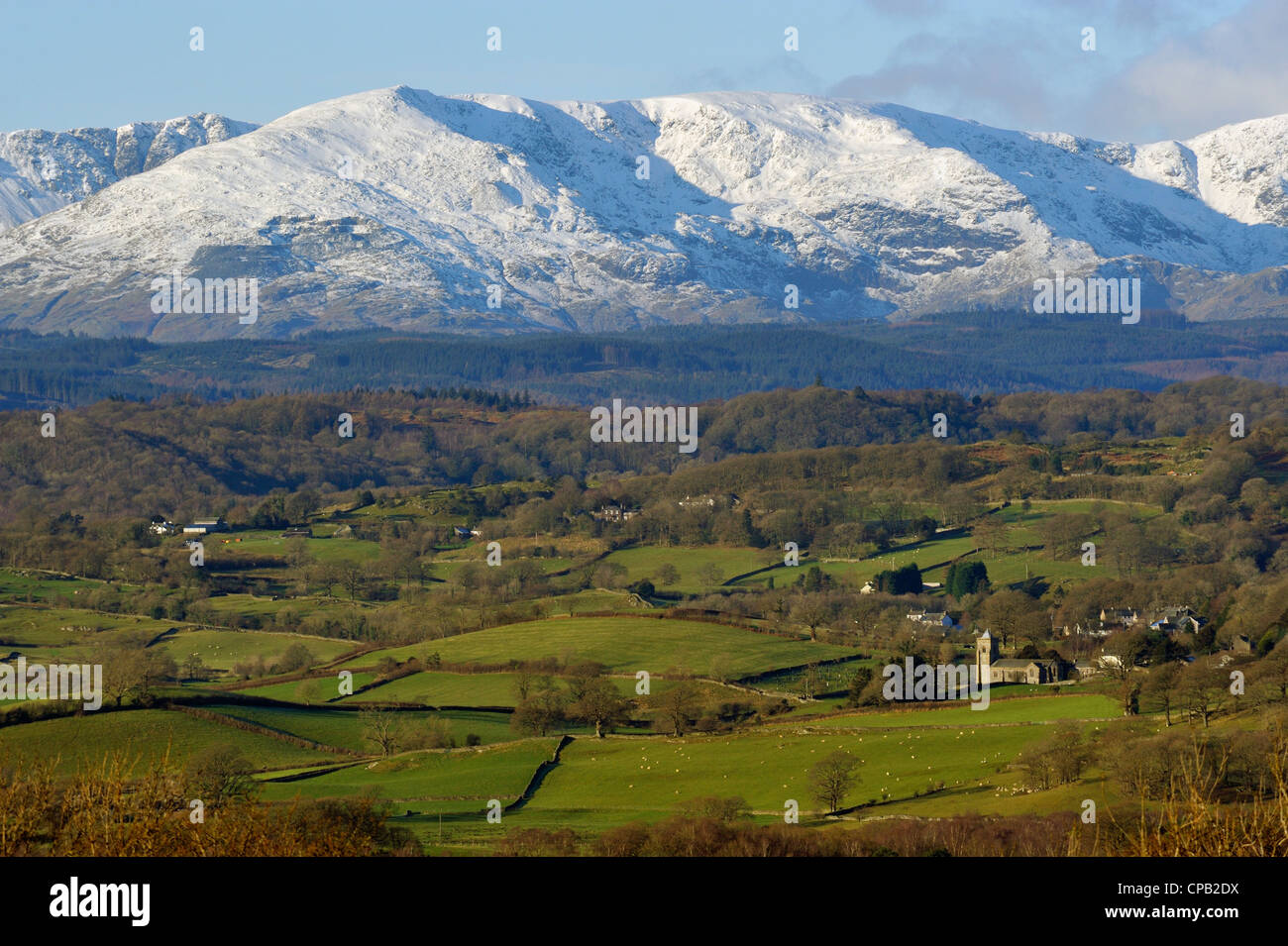 the-lyth-valley-crosthwaite-and-the-coniston-fells-cumbria-england-CPB2DX.jpg