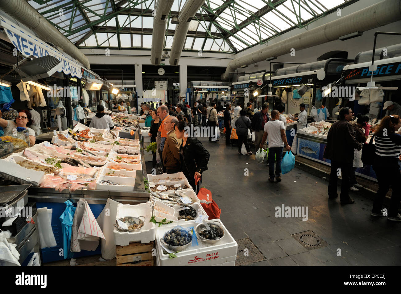 italy, rome, piazza vittorio, market - Stock Image