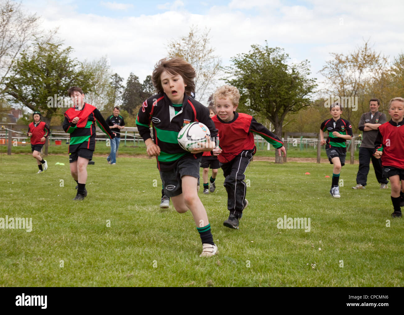 junior-boys-rugby-match-newmarket-suffolk-uk-CPCMN6.jpg