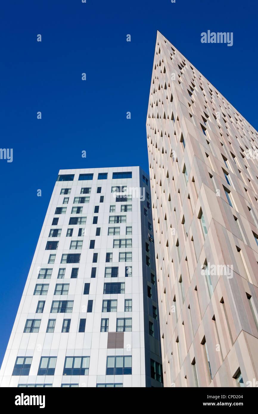 Novotel Hotel on the left and skyscraper on Avenue Diagonal, Barcelona, Catalonia, Spain, Europe - Stock Image