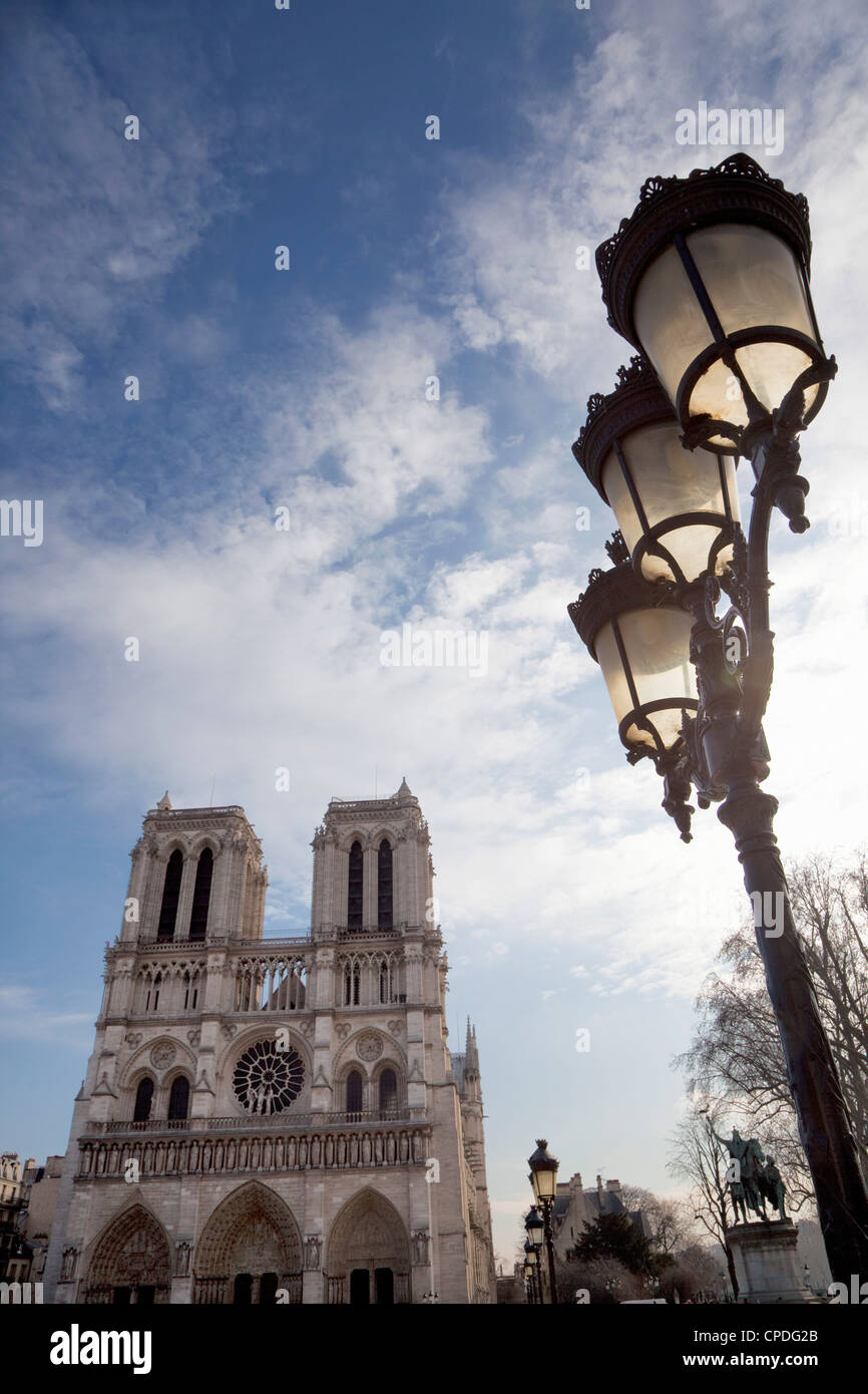 Notre Dame Cathedral and lamp, Paris, France, Europe - Stock Image