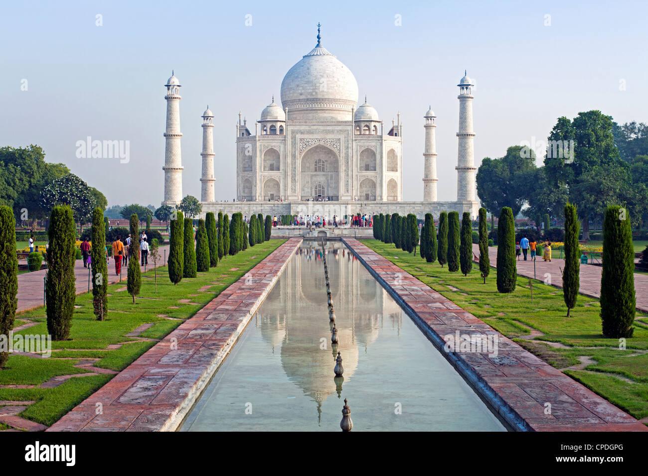 Taj Mahal, UNESCO World Heritage Site, Agra, Uttar Pradesh state, India, Asia - Stock Image
