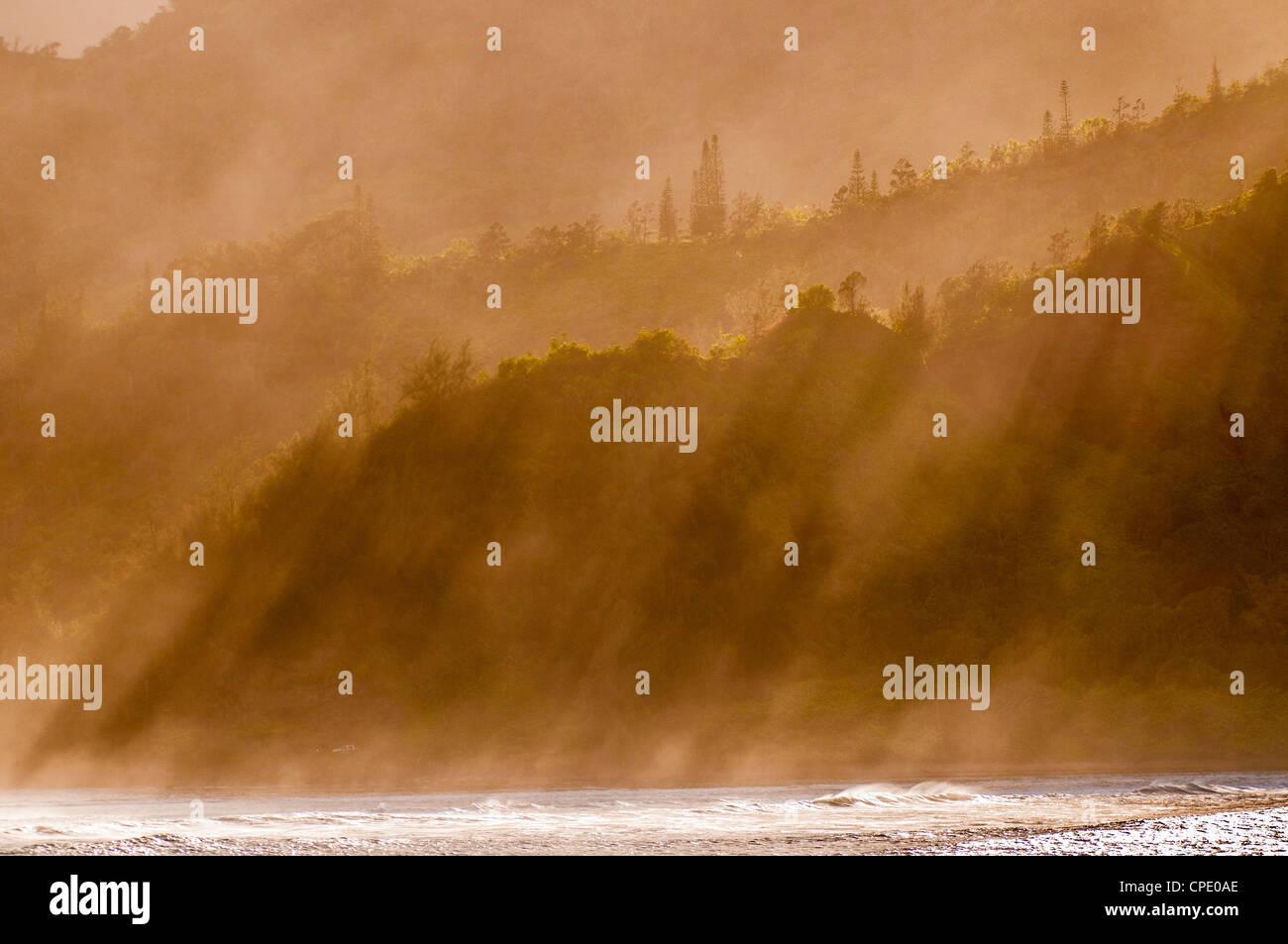 Salt spray shrouded mountains, Kauai, Hawaii - Stock Image