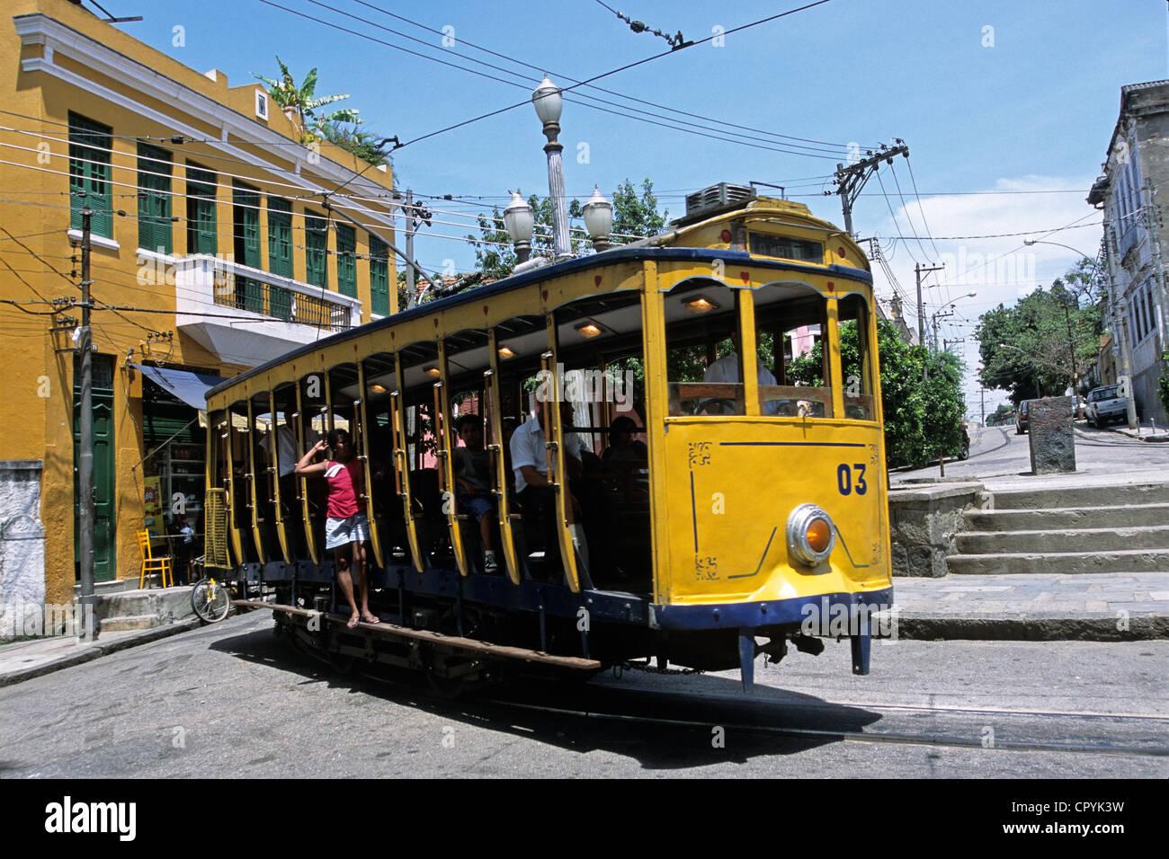 Brazil, Rio de Janeiro, Santa Teresa District, yellow tramway going to downtown - Stock Image