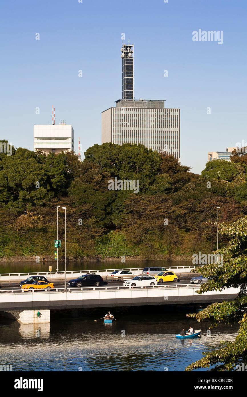 Japan, Honshu Island, Tokyo, Marunouchi, view from the East Garden ...