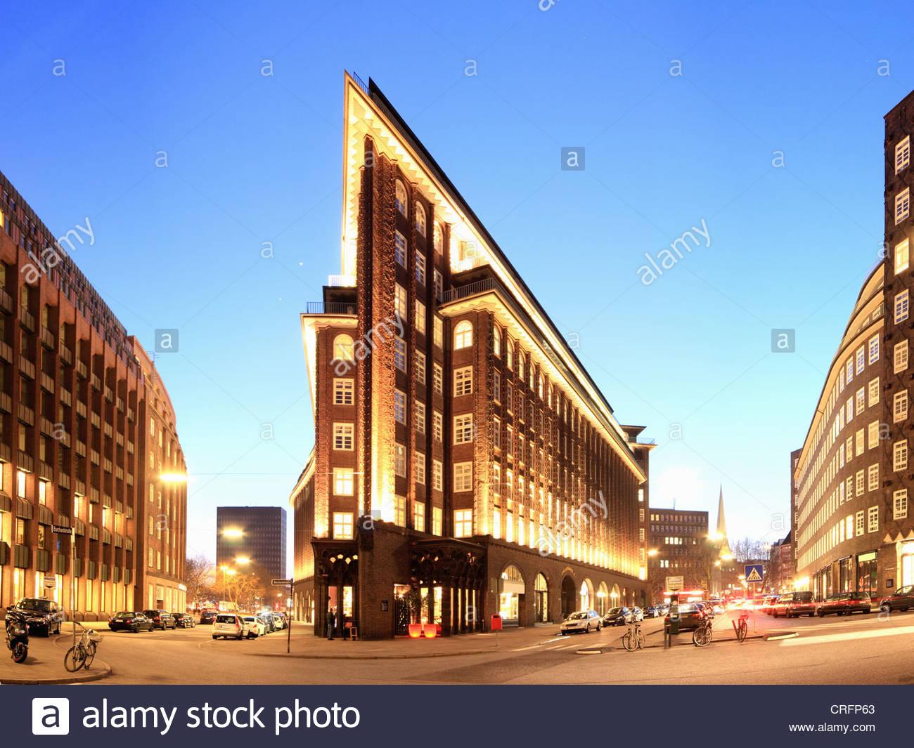 Lit buildings in Hamburg at night - Stock Image