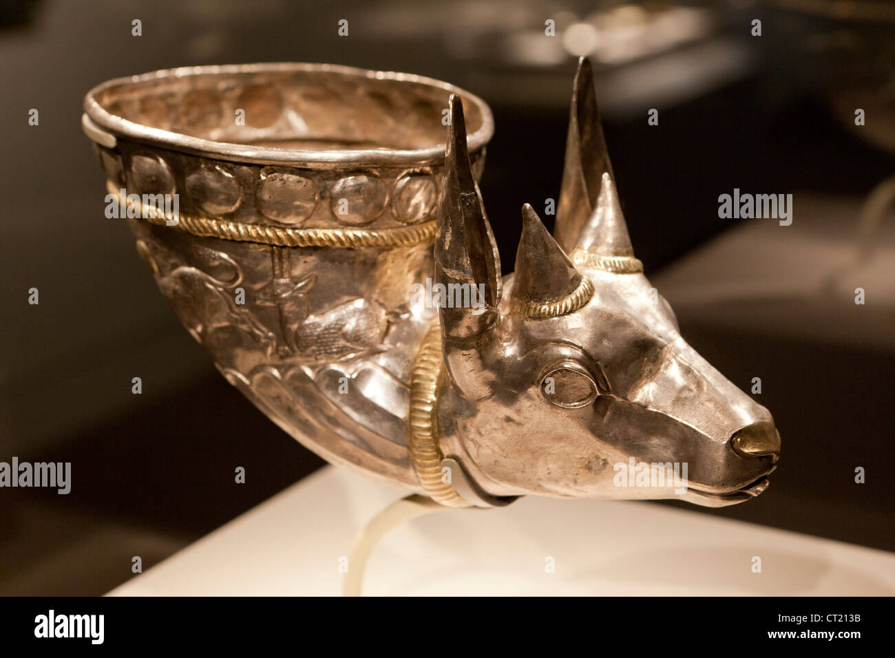 Wine horn with gazelle silver protome - Iran Sasanian period, 4th century - Stock Image