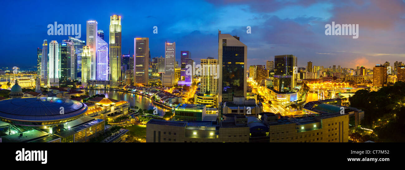 South East Asia, Singapore, Elevated view over the Entertainment district of Clarke Quay, the Singapore river and - Stock Image