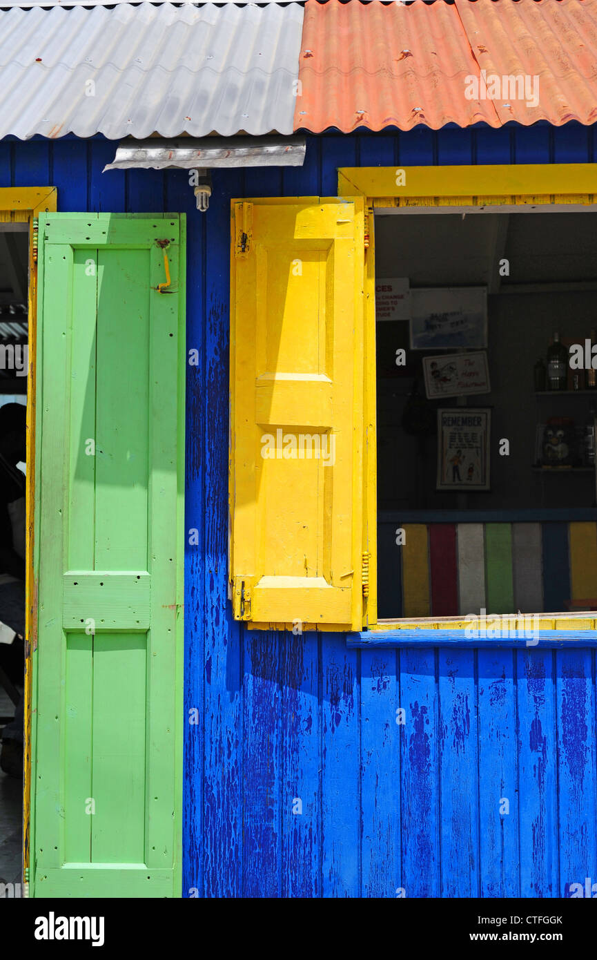 caribbean-west-indies-st-kitts-and-nevis-colorful-rum-shack-bar-in-CTFGGK.jpg