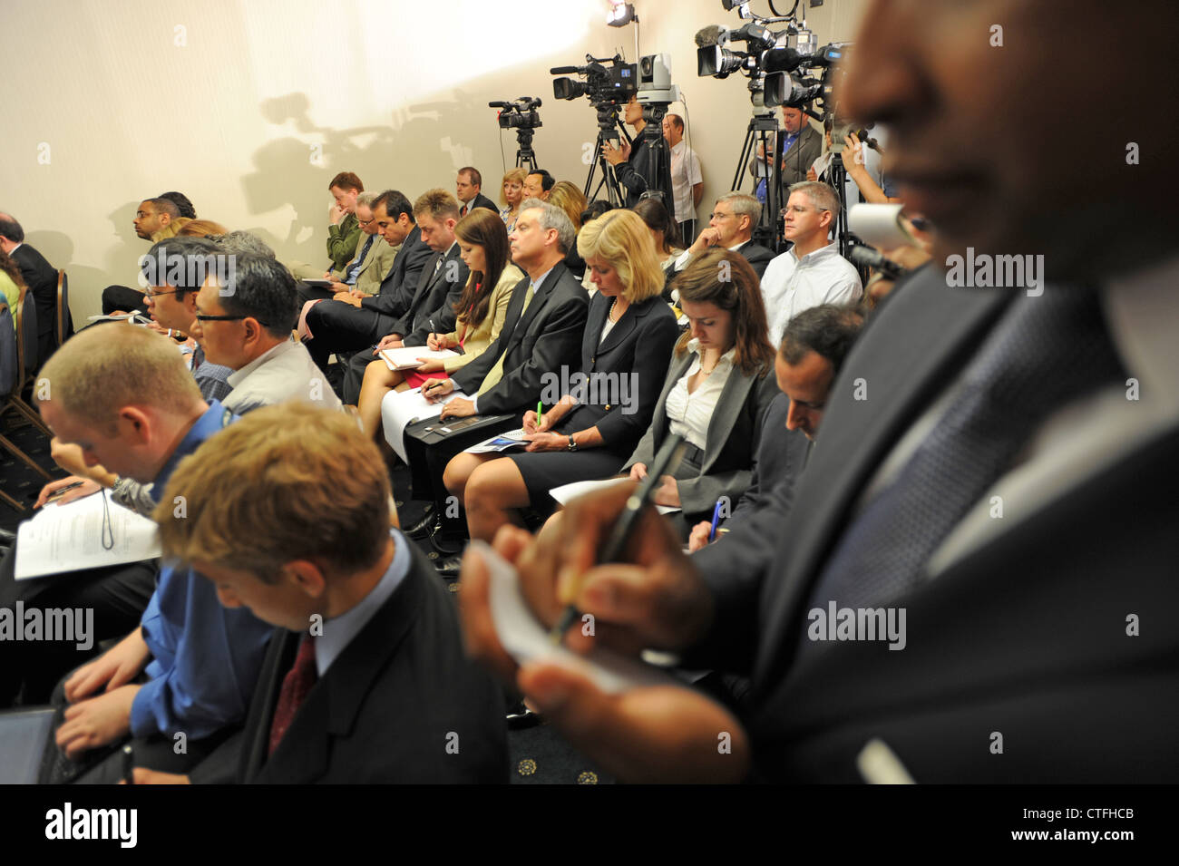 small-press-conference-usa-media-print-a