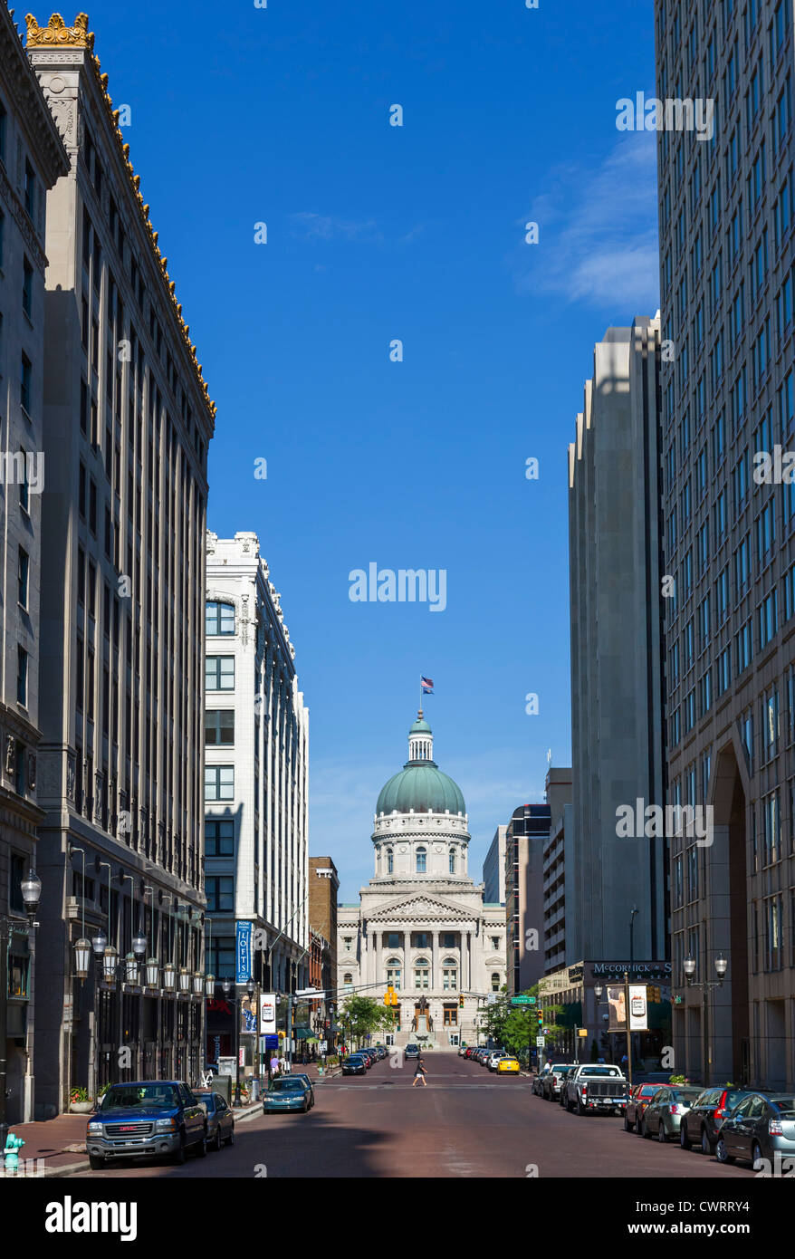 View down West Market Street towards the Indiana Statehouse (State Capitol), Indianapolis, Indiana, USA - Stock Image