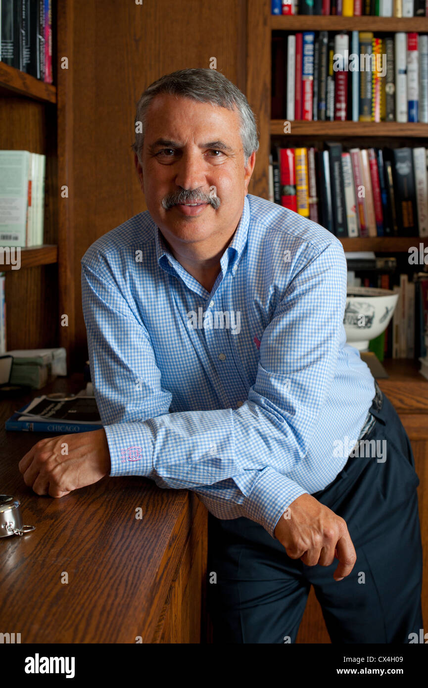 Thomas Friedman - 3 time Pulitzer Prize winning writer and New York Times columnist - Portrait in his Washington Stock Photo