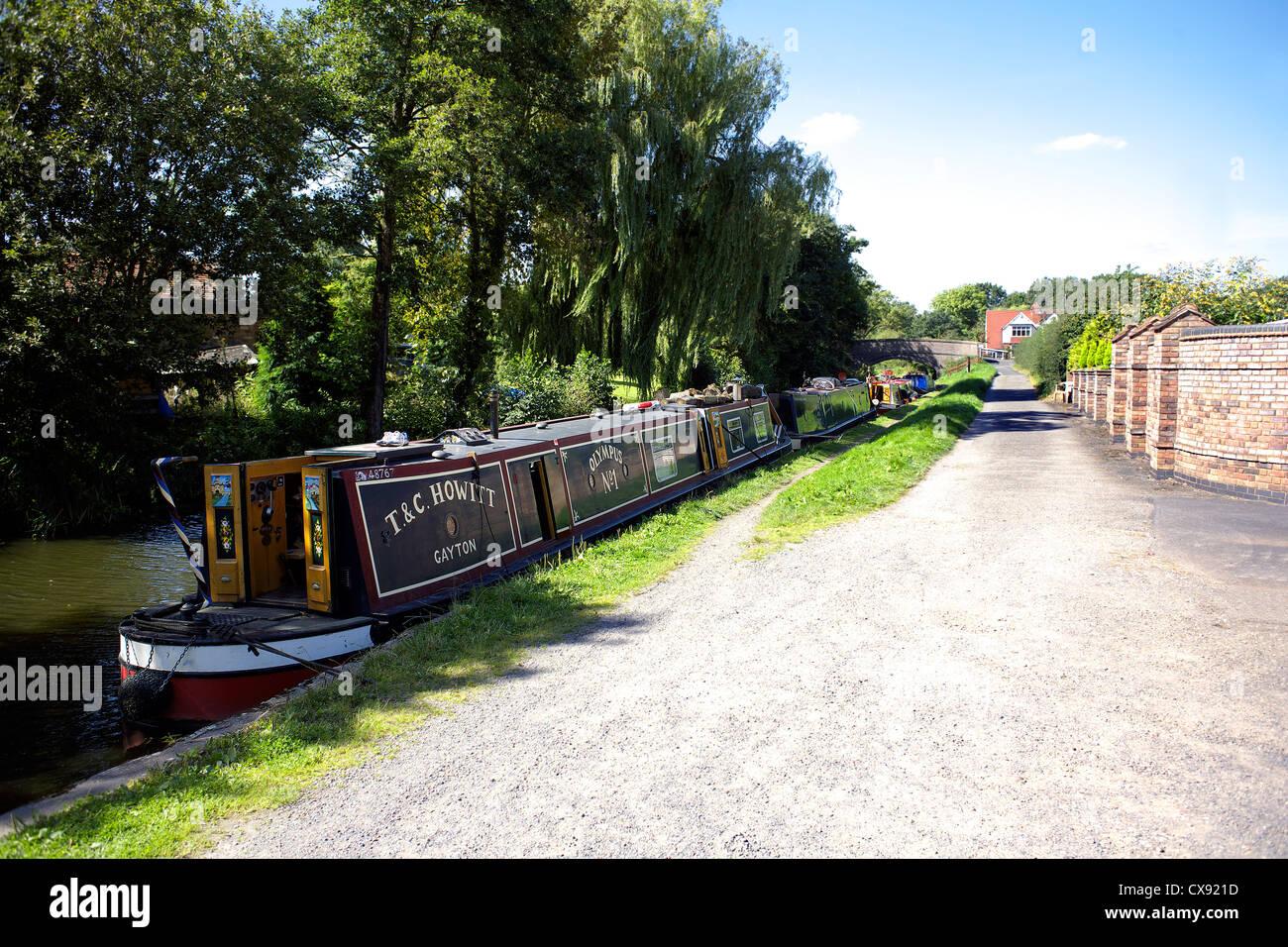 Narrowboats on the Grand Union Canal at Catherine-de-Barnes Warwickshire, England, UK, British, inland, waterways, - Stock Image