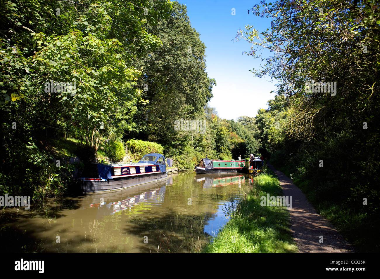Narrowboats on the Grand Union Canal, Warwickshire, England, UK, narrow, boat, boats, boating, narrowboat, narrowboats, - Stock Image