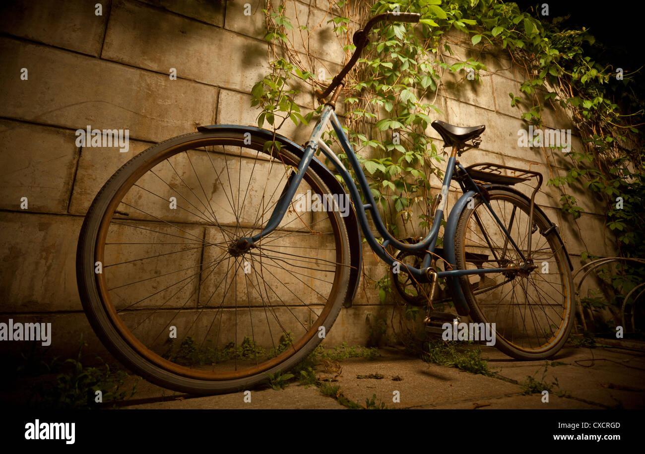 Vintage bicycle - Stock Image