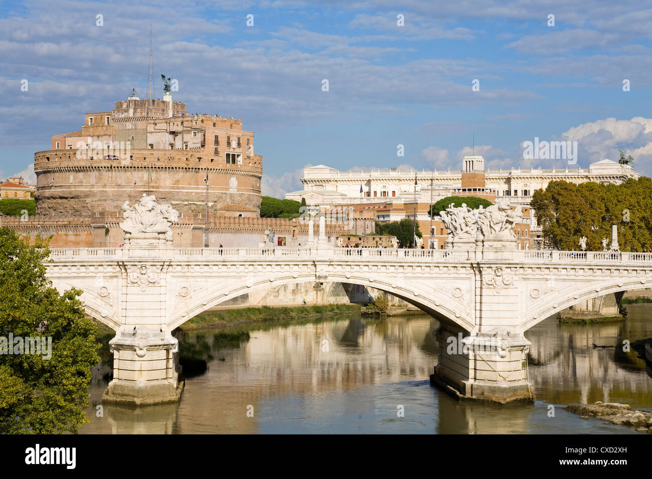 Vittorio Emanuelle bridge and St. Angelo Castle and National Museum, Rome, Lazio, Italy, Europe - Stock Image