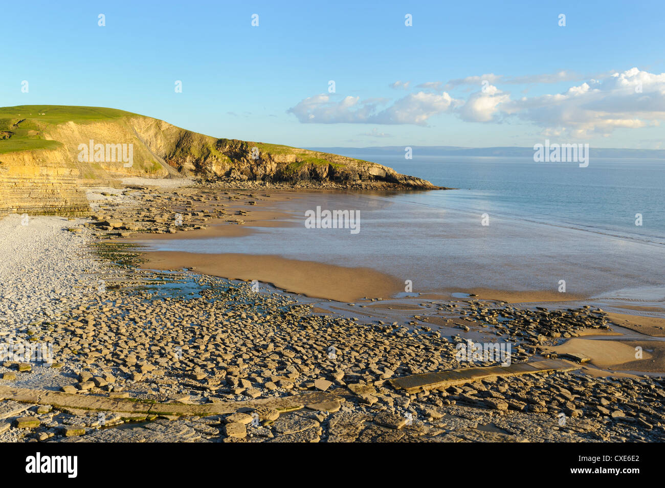Dunraven Bay from cliff tops, Southerndown, Wales - Stock Image