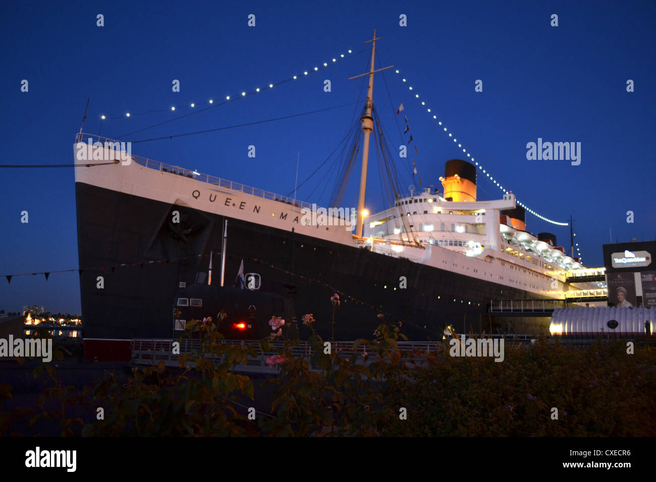 RMS Queen Mary at night, Long Beach, California - Stock Image