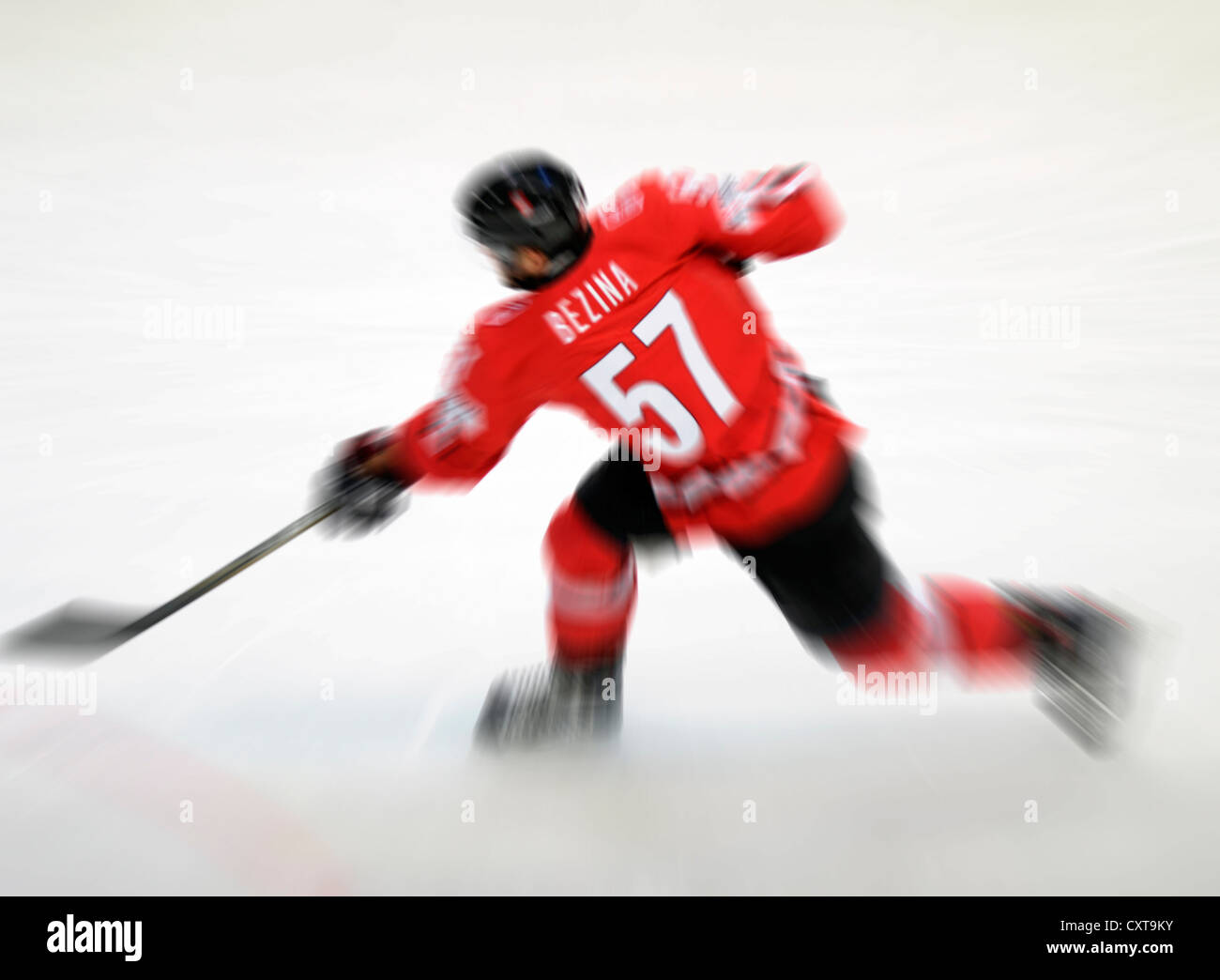 Ice hockey player in action - Stock Image