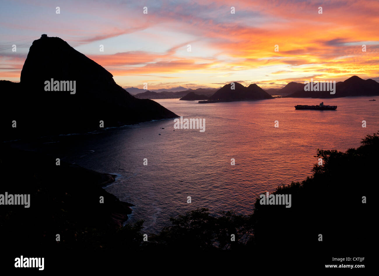 View over Bay of Guanabara from Leme Fort at Sunrise Rio de Janeiro Brazil - Stock Image
