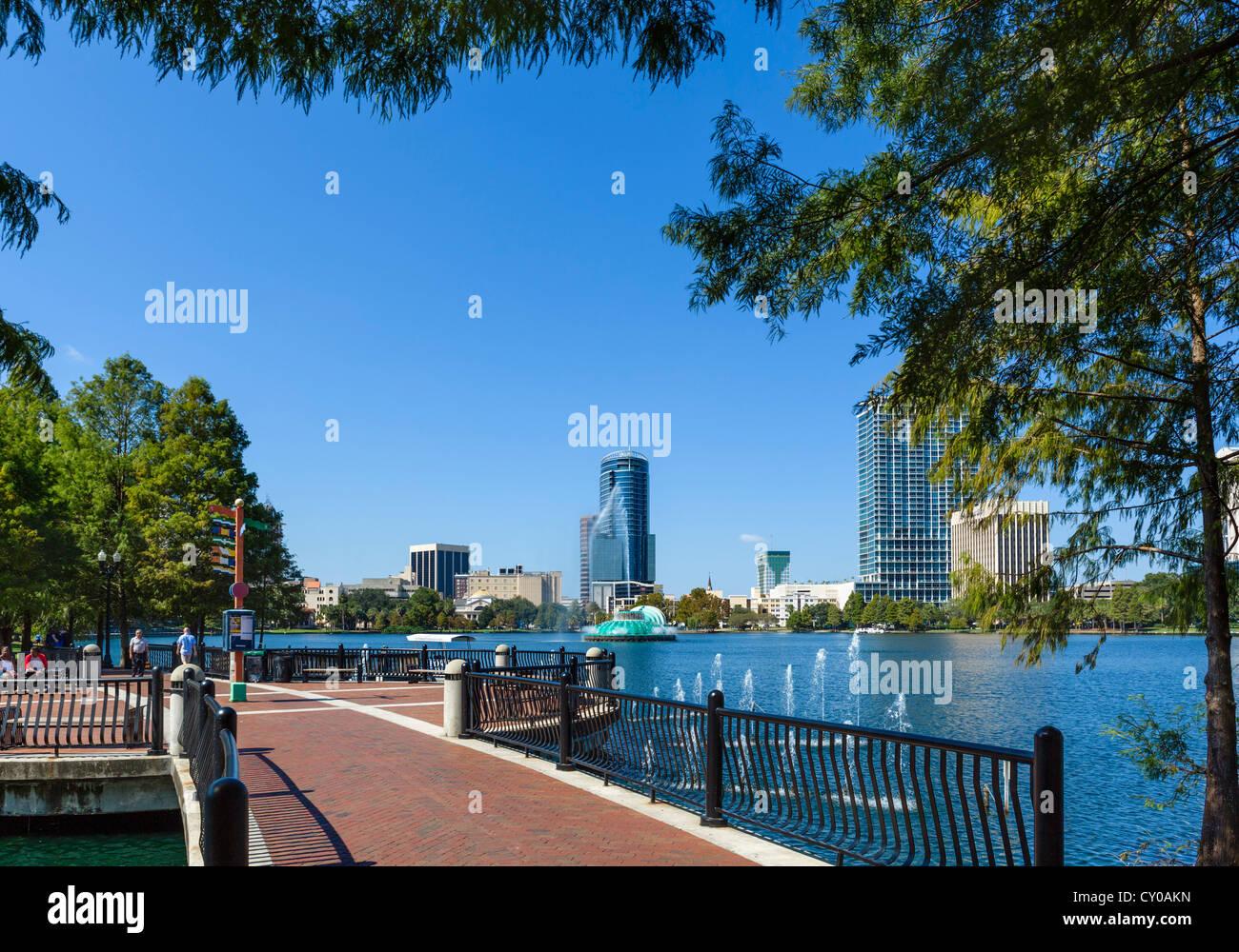 Lake Eola Park in downtown Orlando, Central Florida, USA - Stock Image