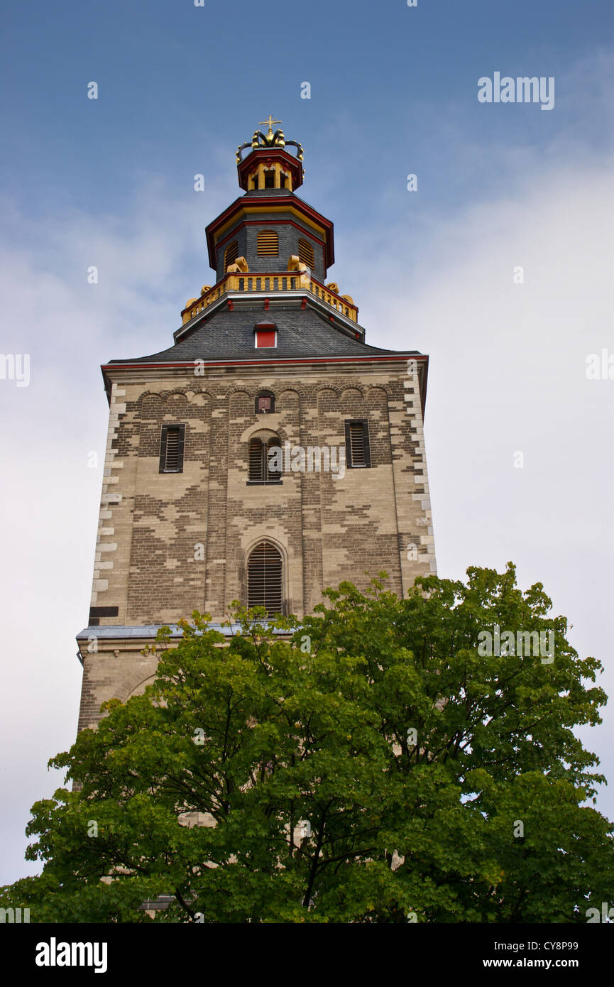 tower-of-st-ursula-church-cologne-kln-nordrhein-westfalen-germany-CY8P99.jpg