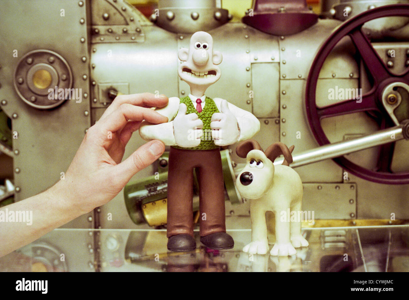 steve-box-key-character-animator-at-aardman-animation-pictured-with-CYWJMC.jpg