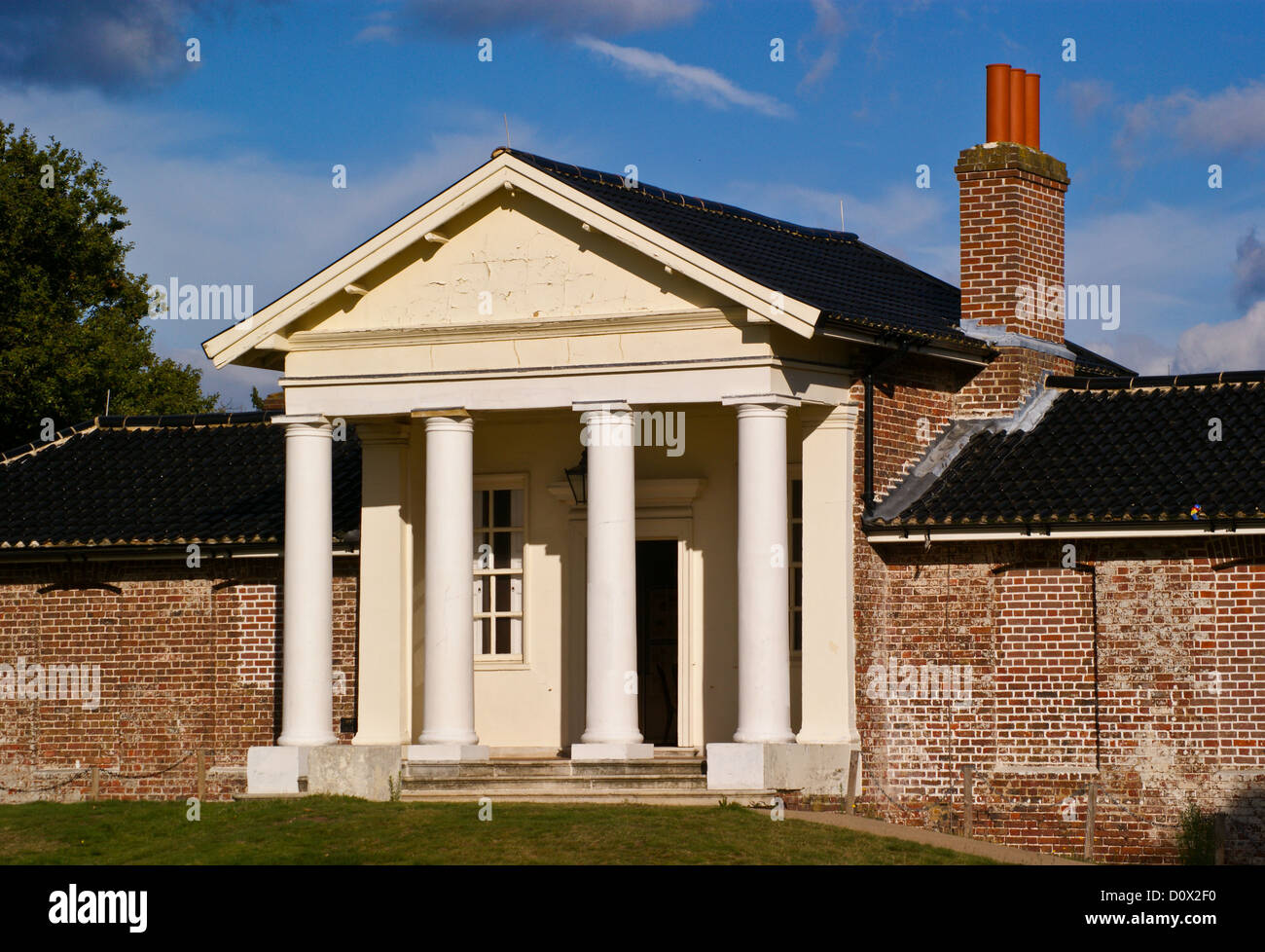 the-temple-palladian-portico-1760-after-a-design-by-colen-campbell-D0X2F0.jpg