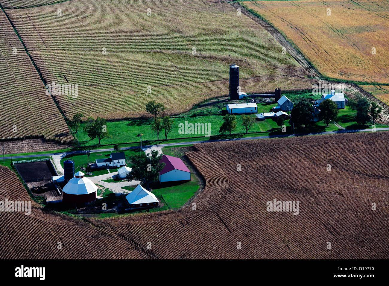 aerial photograph farm western Illinois near Moline - Stock Image