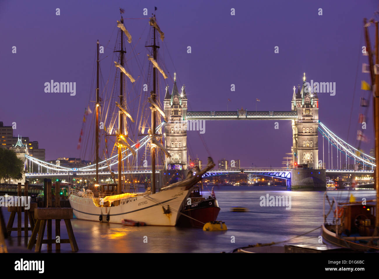 Tower Bridge and tall ships on River Thames, London, England, United Kingdom, Europe - Stock Image