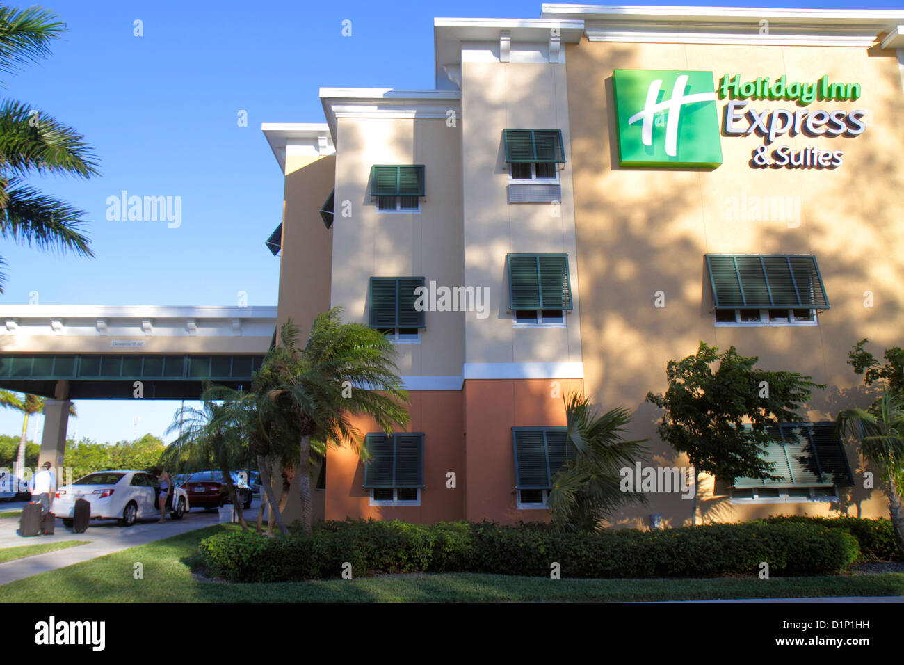 holiday inn and suites stock photos holiday inn and suites stock images alamy. Black Bedroom Furniture Sets. Home Design Ideas