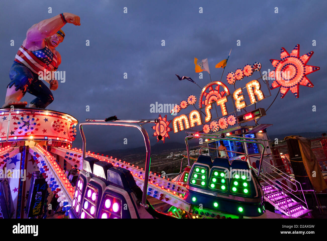 fairground-ride-at-night-at-san-juan-fie