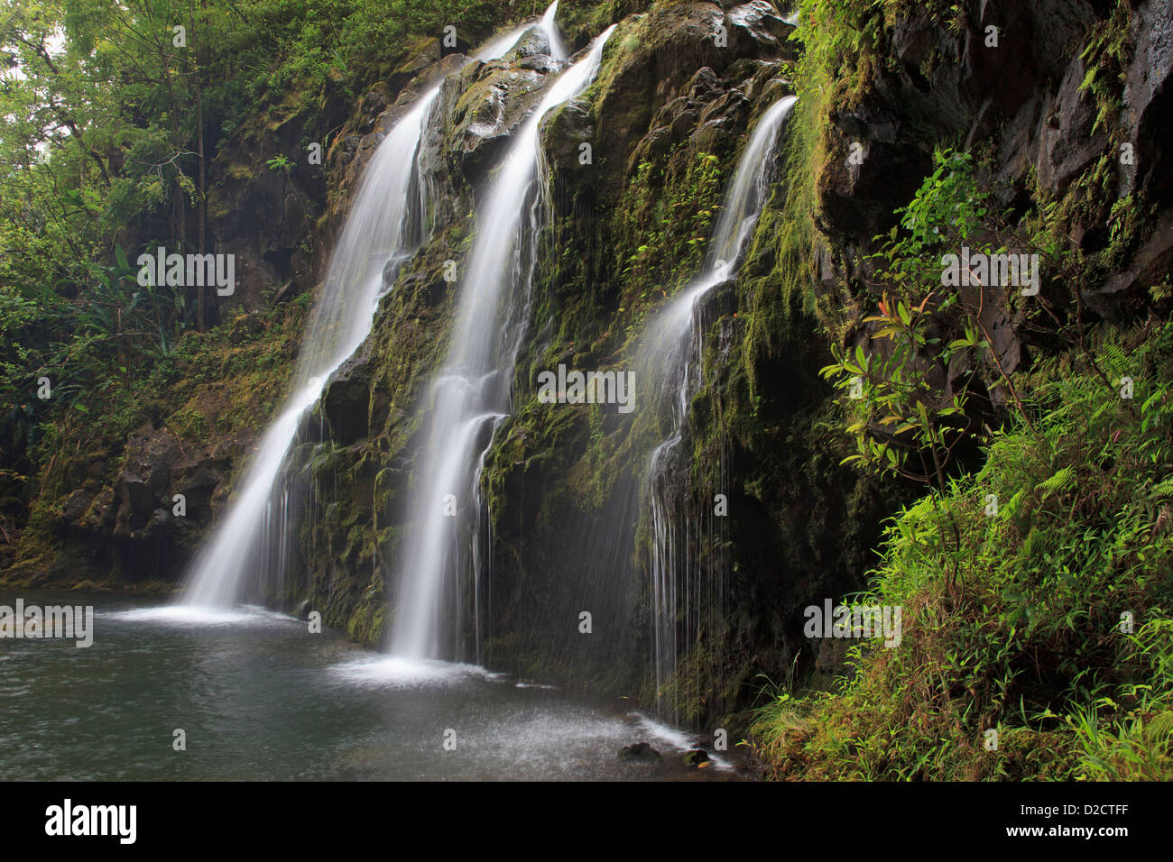 waterfall-along-the-road-to-hana-maui-D2CTFF.jpg