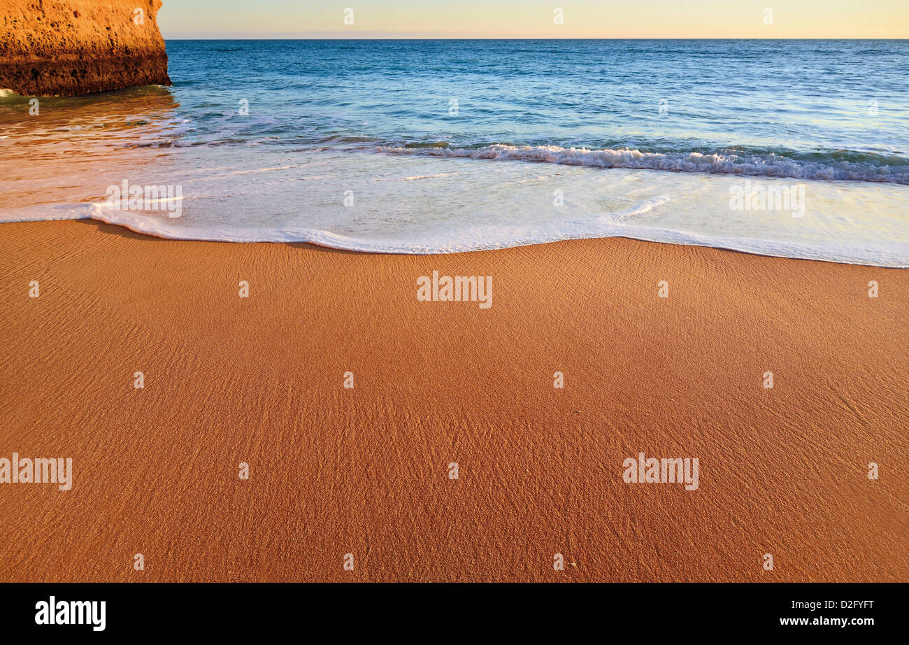 Portugal, Algarve: Detail of untouched beach near Carvoeiro - Stock Image