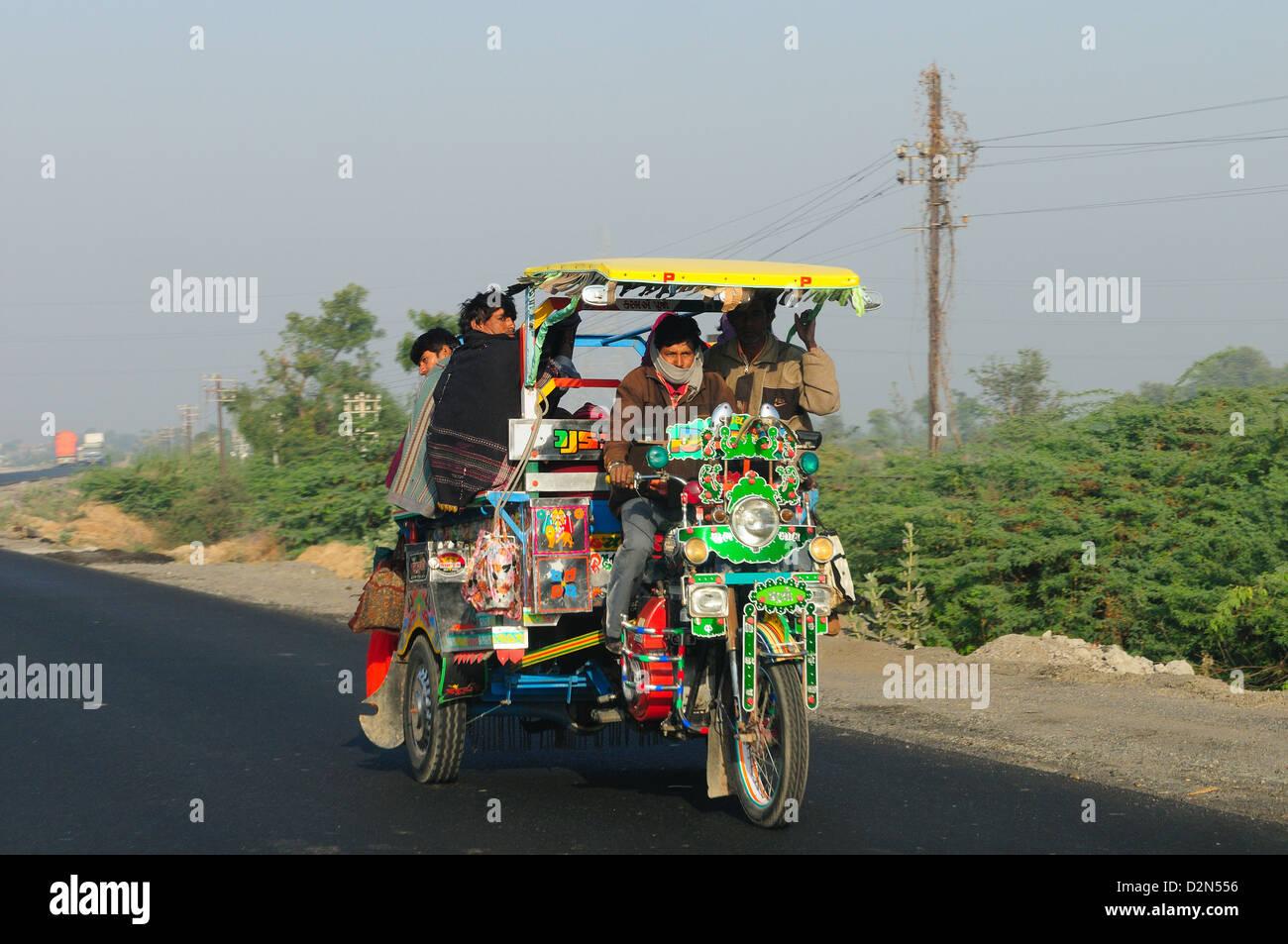 Road transportation in rural India, Gujarat, India, Asia - Stock Image