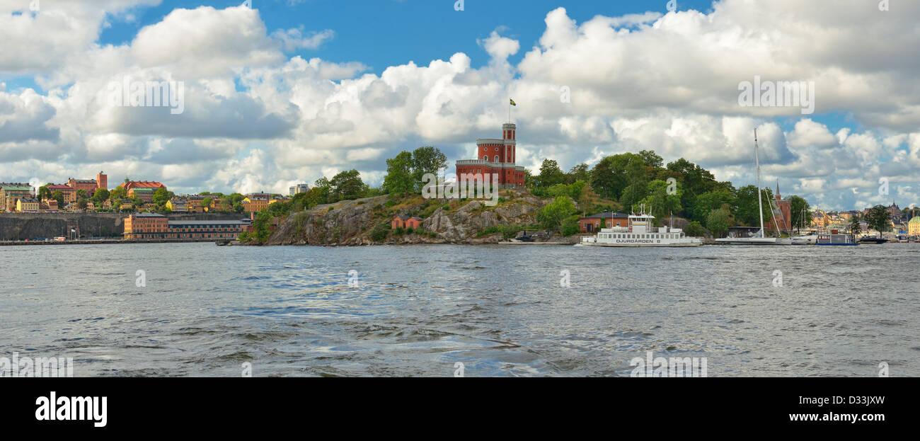 panoramic-seascape-view-of-medieval-style-castle-on-kastelholmen-stockholm-D33JXW.jpg