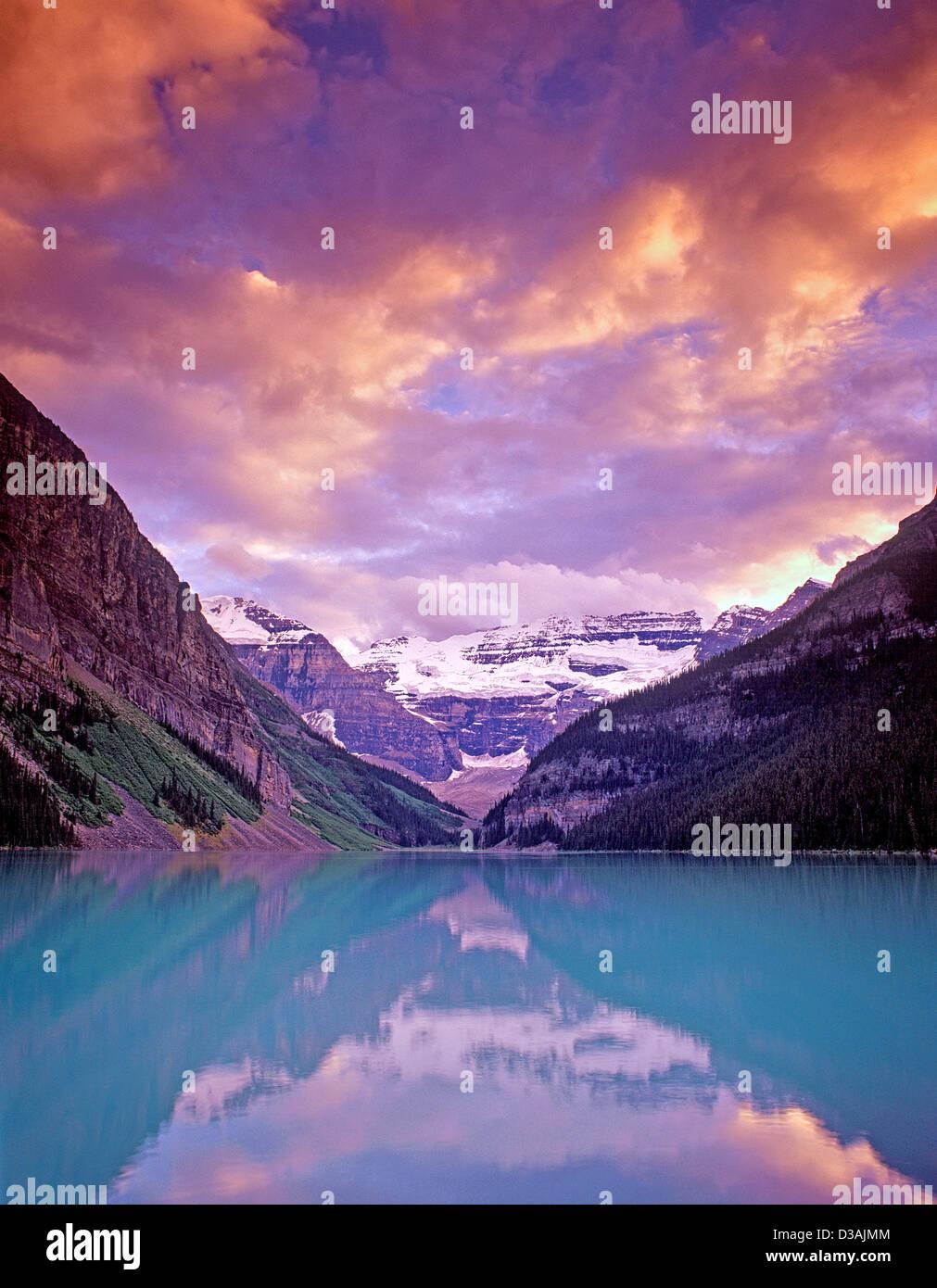Lake Louise at sunset. Banff National Park, Canada. - Stock Image