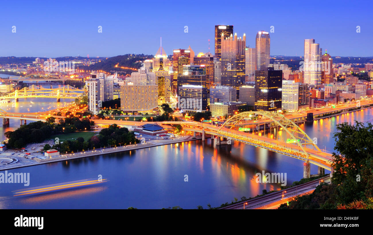 Downtown Pittsburgh, Pennsylvania at dusk. - Stock Image