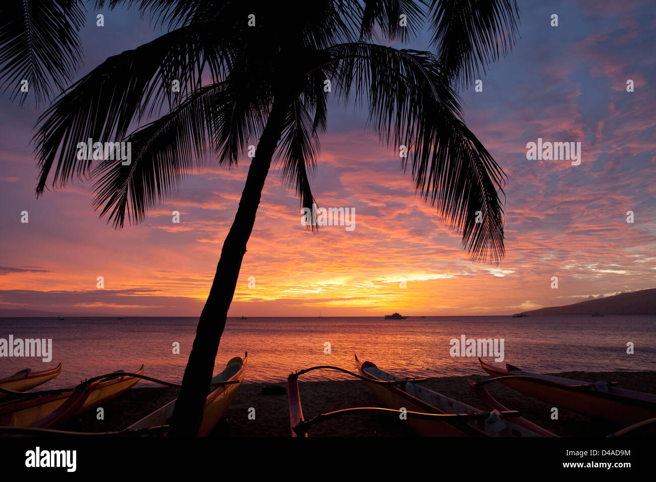 Spectacular sunset at Kihei, Maui, Hawaii. Stock Photo