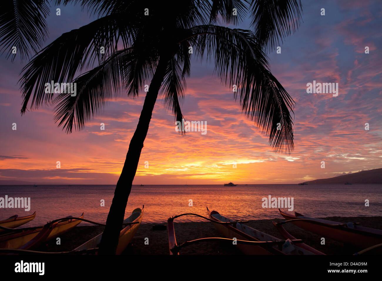Spectacular sunset at Kihei, Maui, Hawaii. Stock Photo