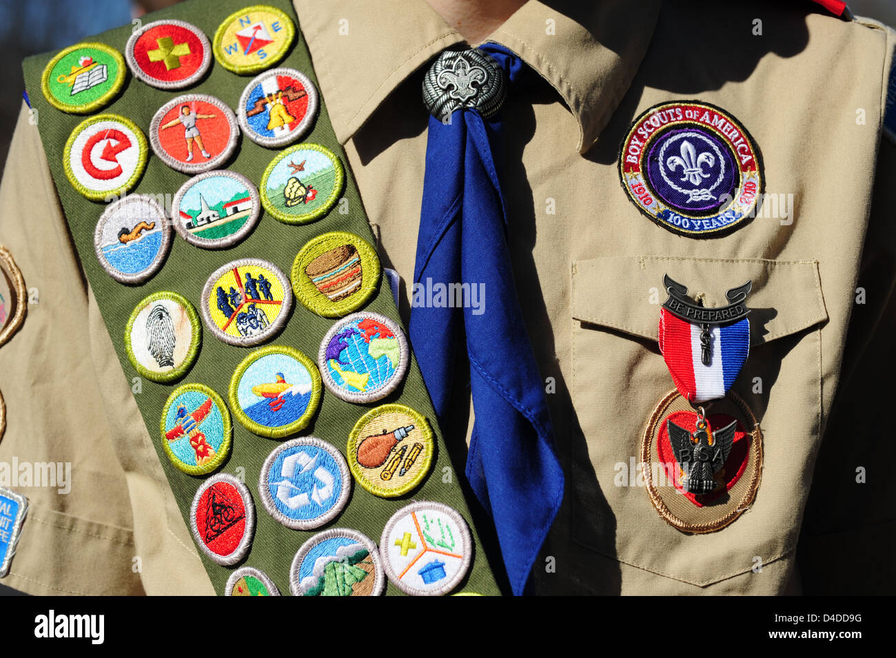 boy-scouts-of-america-close-up-of-an-eagle-scout-with-a-sash-full-D4DD9G.jpg