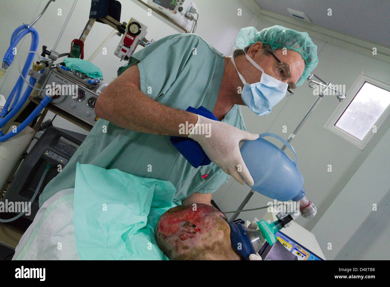 anesthesia with intubation for surgery in msf hospital port au