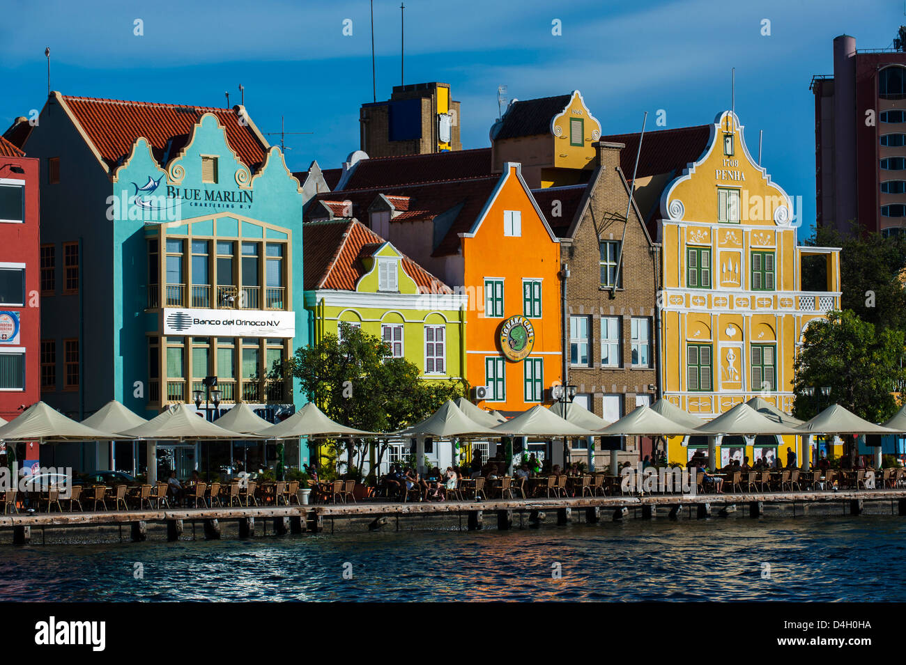 The dutch houses at the Sint Annabaai in Willemstad, UNESCO World Heritage Site, Curacao, ABC Islands, Caribbean - Stock Image