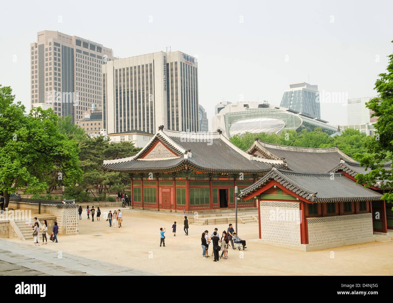 city centre temple in seoul south korea - Stock Image
